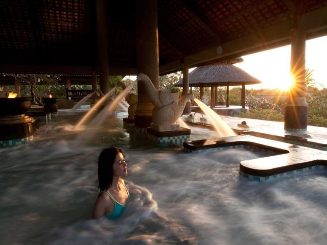 Thalassotherapy Spa (Source : Ayana Hotel)