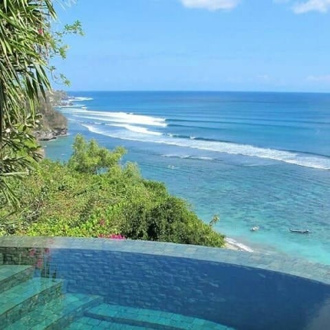 Amazing Ocean View Near Pool (Source : Micksplace Bali)